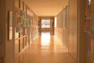 学校の廊下の写真・画像素材[1598200]