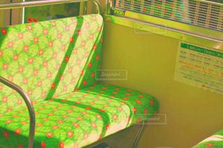 緑の椅子の写真・画像素材[1598203]