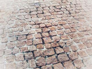 イタリアのレンガの道の写真・画像素材[2120519]