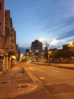 街の通りの写真・画像素材[2091709]