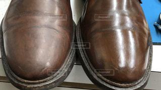 靴を磨いた前と後の写真・画像素材[2930770]