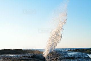 潮吹き岩の写真・画像素材[2122403]
