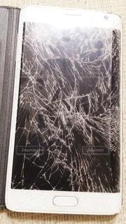 携帯破損の写真・画像素材[2843324]