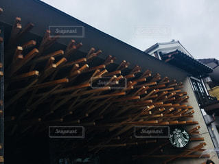 建物の屋根の写真・画像素材[2302104]