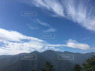 澄んだ山の眺め。の写真・画像素材[2515768]