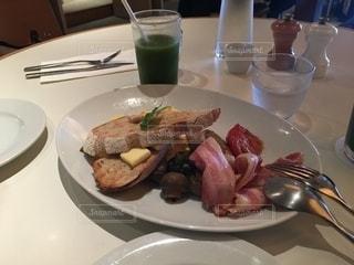 懐かしい朝食の写真・画像素材[2712670]