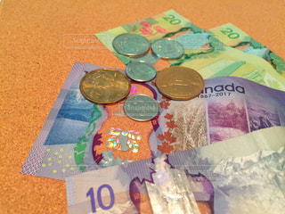 紙幣 カナダドルの写真・画像素材[2374450]