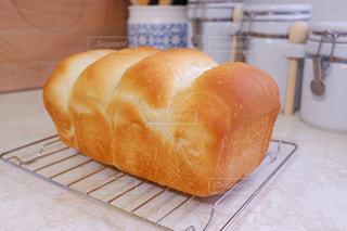出来たての食パンの写真・画像素材[3137823]