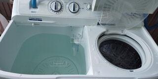 二層式洗濯機の写真・画像素材[2136605]