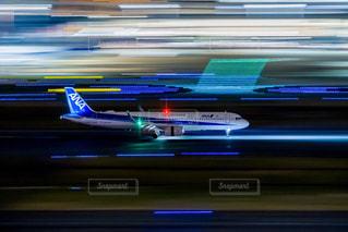 羽田空港での流し撮りの写真・画像素材[2142948]