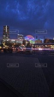夜の都市の眺めの写真・画像素材[2168913]