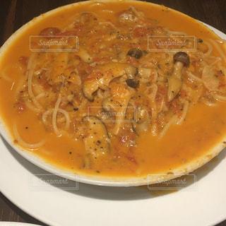 一杯のスープ パスタの写真・画像素材[2118063]