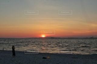 海の夕暮れの写真・画像素材[3565354]
