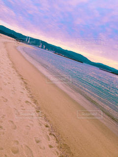 砂浜のビーチの写真・画像素材[2106210]