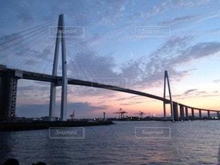 新湊大橋の夕暮れの写真・画像素材[2109139]