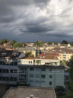 スイスの曇り空の写真・画像素材[2120611]