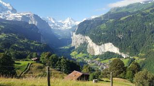 山の景色の写真・画像素材[2112096]