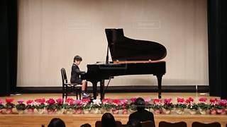 ピアノの発表会の写真・画像素材[2125839]