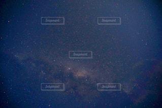 オーストラリアの夏の夜空の写真・画像素材[2114987]