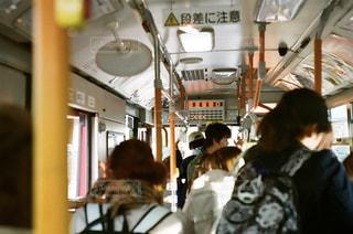 バスと友人たちの写真・画像素材[2115167]