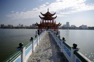 台湾 台湾の蓮池潭の写真・画像素材[2150122]