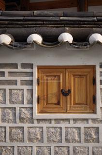 韓国の伝統建築様式の写真・画像素材[2159405]