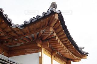 韓国の伝統建築様式の写真・画像素材[2159440]