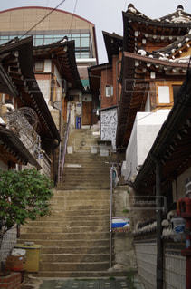 韓国の伝統建築様式の写真・画像素材[2159453]