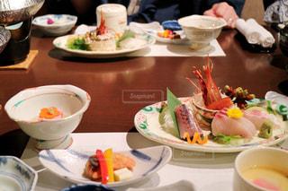温泉旅館の夕食、西伊豆にて。の写真・画像素材[1003171]