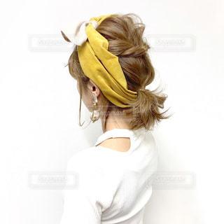 ボブヘアのくるりんぱヘアターバンアレンジの写真・画像素材[2180959]