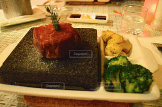 ステーキの写真・画像素材[2359997]
