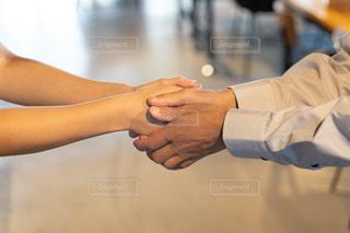 握手の写真・画像素材[2412426]