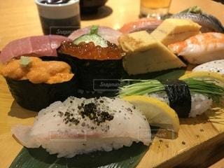 寿司の写真・画像素材[2122443]