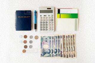 お金通帳などの写真・画像素材[2253530]