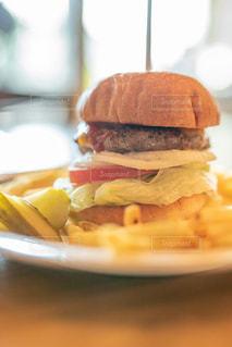 ハンバーガーの写真・画像素材[2728216]
