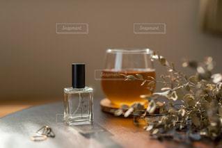 香水の写真・画像素材[3584339]