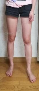 女性の脚の写真・画像素材[2944201]