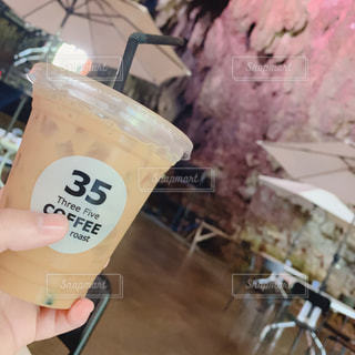 洞窟Caffeの写真・画像素材[2125410]