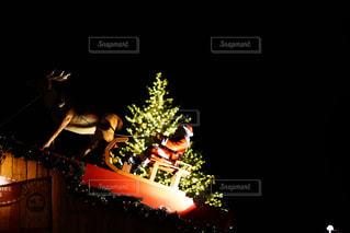 クリスマスマーケットの空の写真・画像素材[2241298]