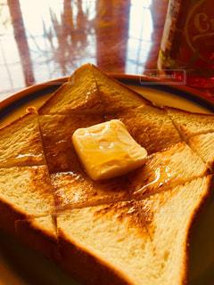はちみつバタートーストの写真・画像素材[2126063]