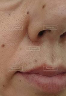 女中年女性の肌のアップの写真・画像素材[3001823]