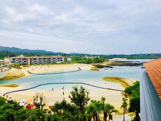 ホテルのプライベートビーチの写真・画像素材[2133012]