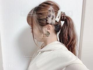 新しいヘアアクセサリーの写真・画像素材[2684472]
