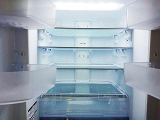 空の冷蔵室の写真・画像素材[2870957]