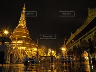 ヤンゴンの写真・画像素材[2140161]