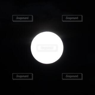 2020年11月30日の月の写真・画像素材[3937314]