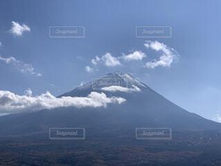 霊峰富士と龍神の写真・画像素材[3884007]