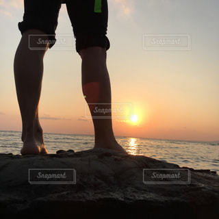 夕日と君の写真・画像素材[2137373]