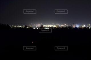夜の都市の眺めの写真・画像素材[2137335]