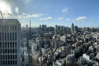都会の超高層ビルの写真・画像素材[2139269]